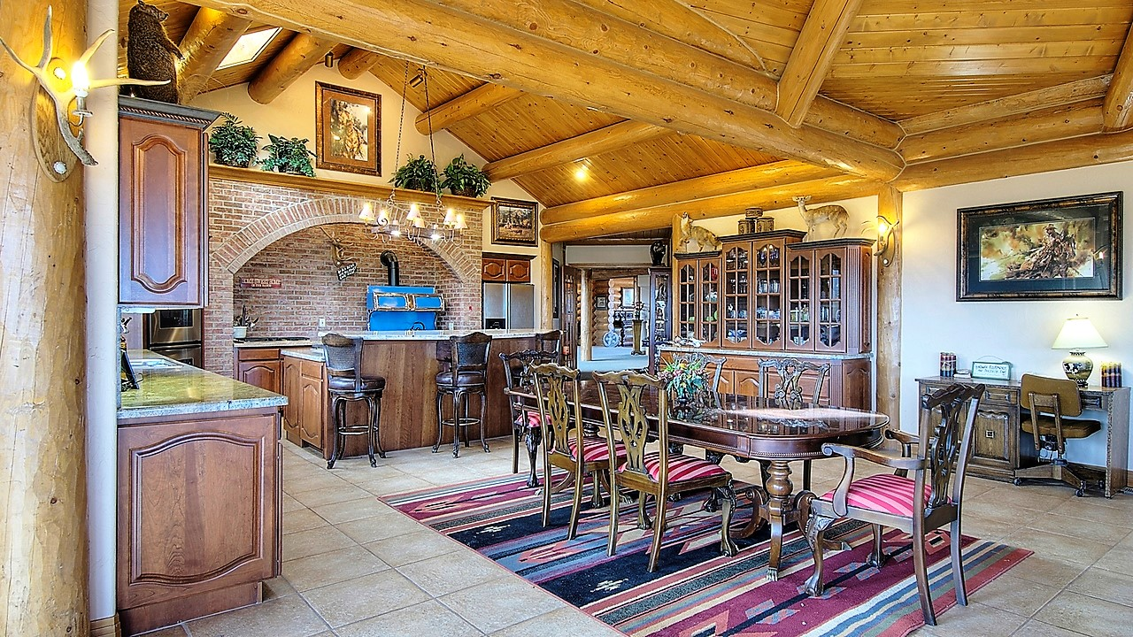 Indian Creek Ranch Kitchen