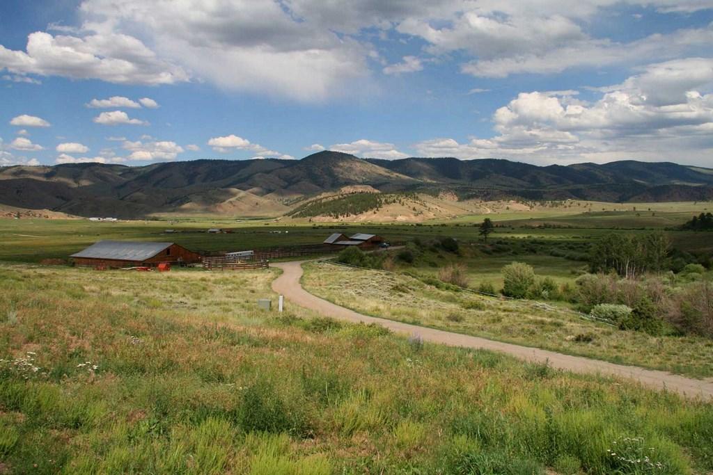 Land For Sale in Gunnison, CO - Powderhorn Creek Ranch
