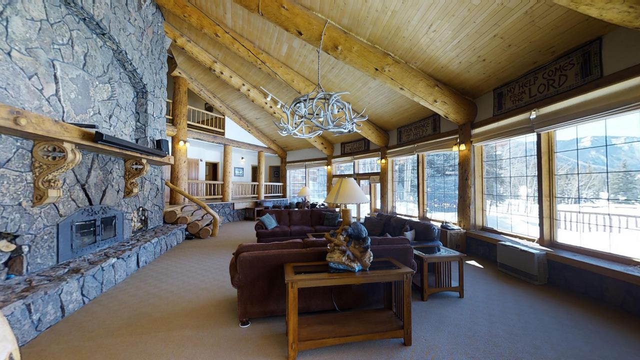 Lake-Fork-River-Ranch-Main-Lodge- Living Room