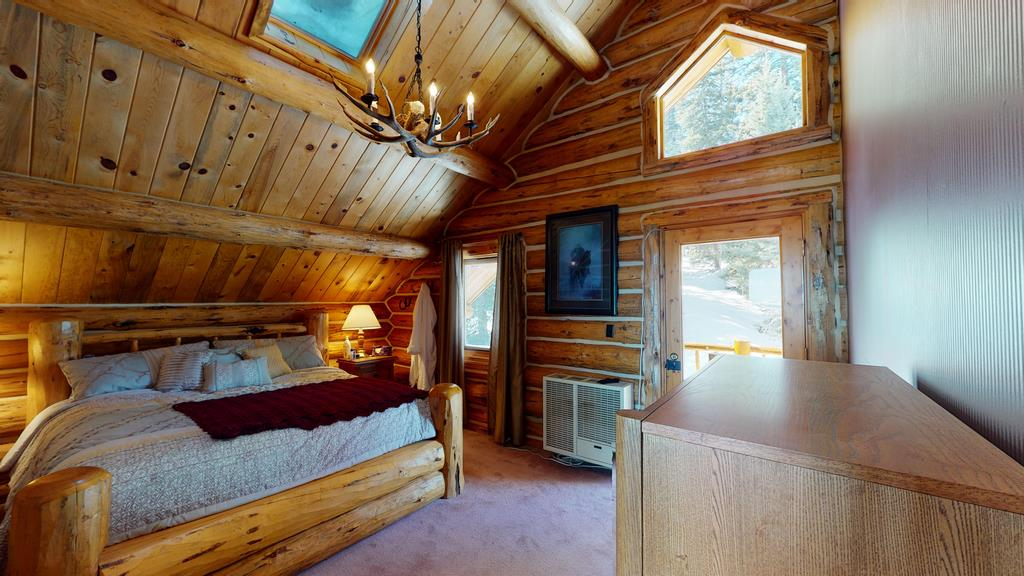 Little-Willow-Ranch- Bedroom