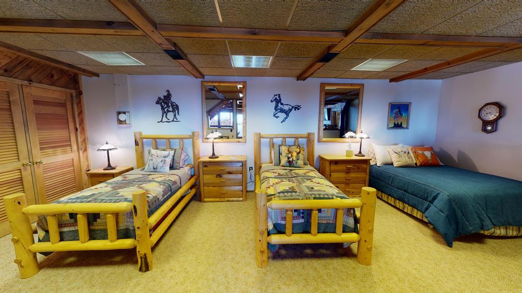 Little-Willow-Ranch- Bedroom