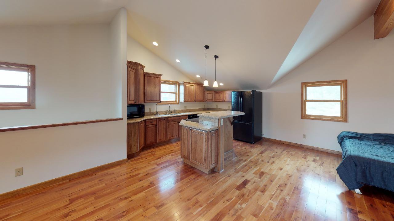 Powderhorn-Creek-Ranch-Guest-Quarters-Kitchen