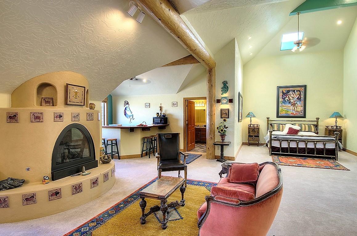 Indian Creek Ranch Santa Fe Suite