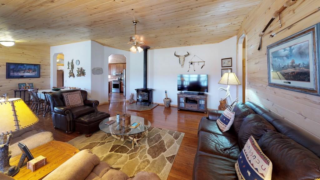 Los Creek Ranch - Living Room