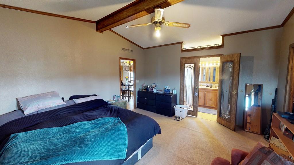 Lonesome Ranch Bedroom 2 & Bathroom