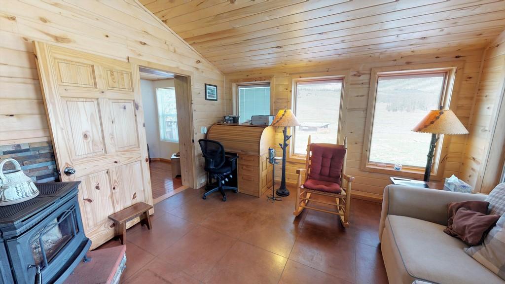 photo13Los Creek Ranch - Interior