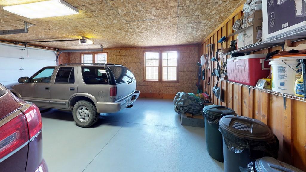 Los Creek Ranch - Garage