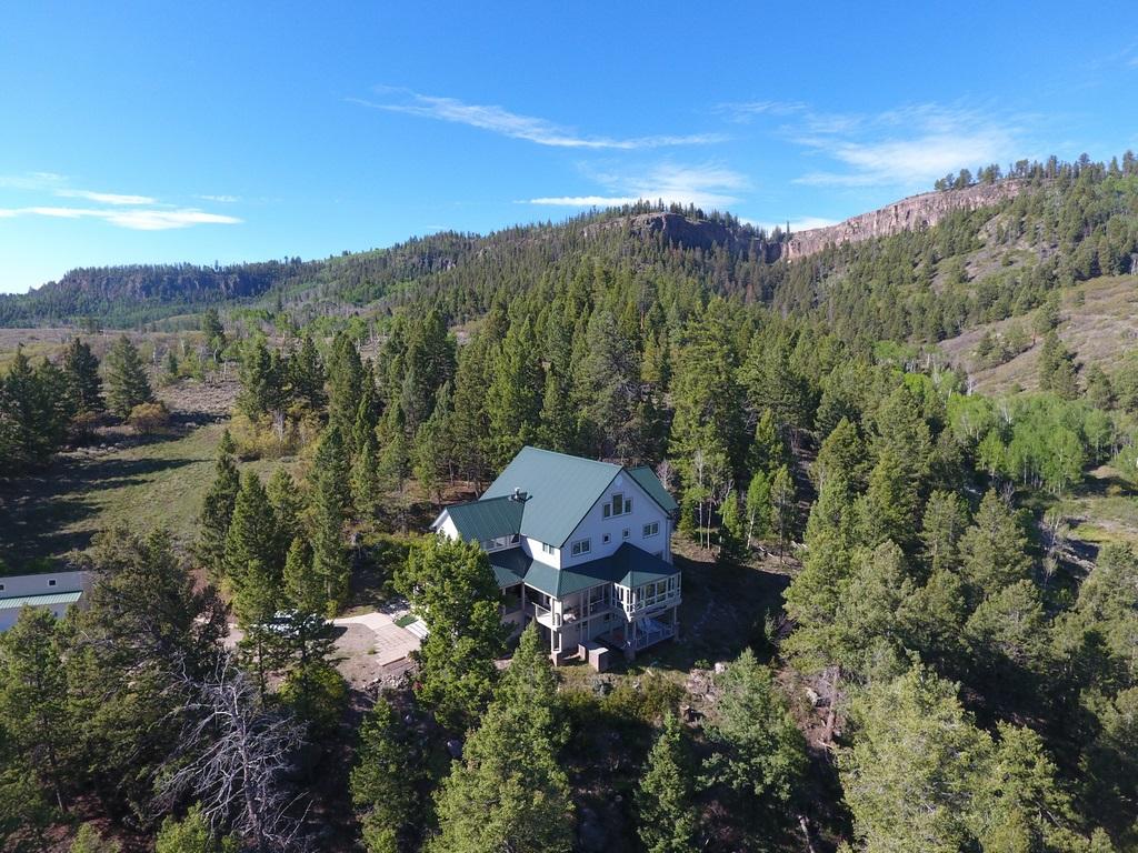 Luxury Ranch Home - Gunnison, CO - Thendara