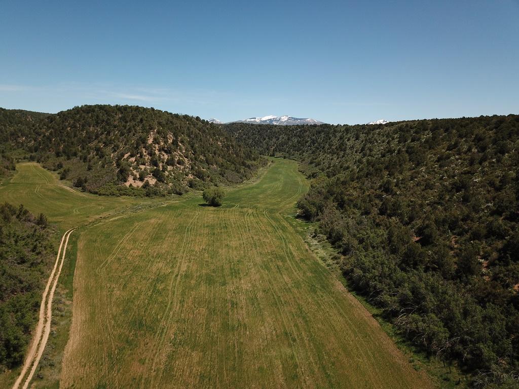 Devils Canyon Ranch - Land & Mountain