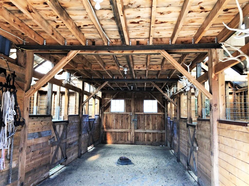 La Plata Mountain Ranch Horse Stable
