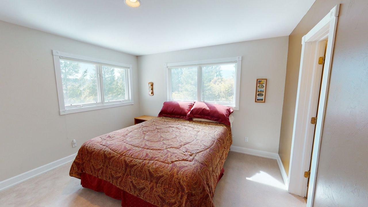 Thendara-Bedroom(3)