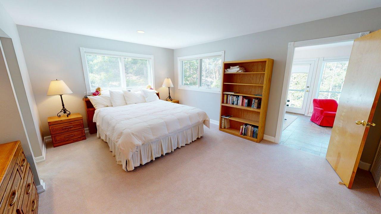 Thendara-Bedroom