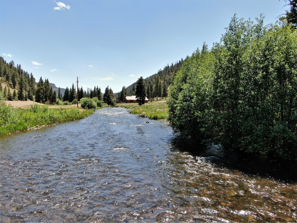 Fishing Ranch in Southern Colorado - Six J's Ranch